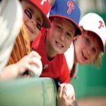 kids waiting for baseball