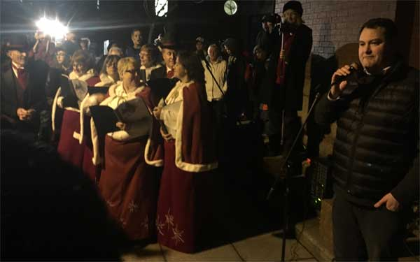 Local dignitaries bring greetings of the season.